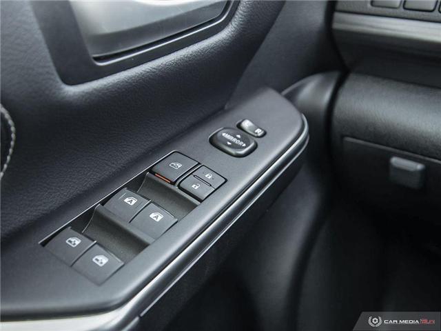 2017 Toyota Camry Hybrid XLE (Stk: U10982) in London - Image 10 of 27