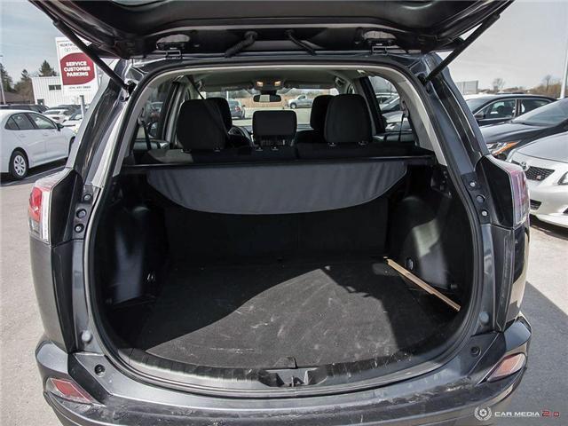 2018 Toyota RAV4 LE (Stk: U10988) in London - Image 26 of 27