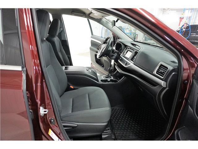 2017 Toyota Highlander LE (Stk: P5267) in Sault Ste. Marie - Image 10 of 22