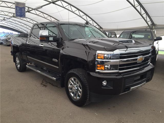 2018 Chevrolet Silverado 3500HD High Country (Stk: 160649) in AIRDRIE - Image 1 of 23