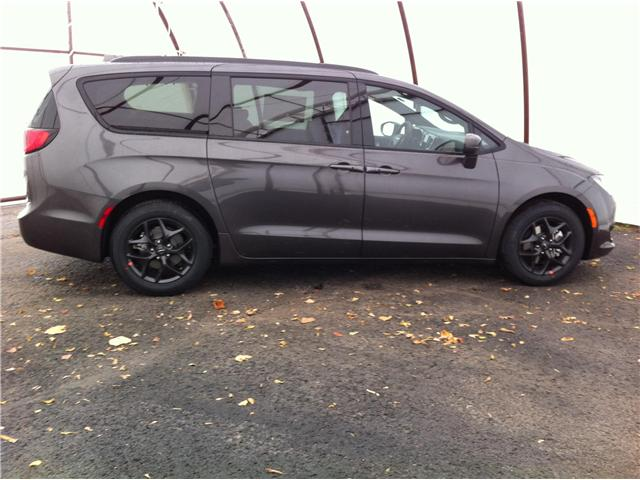 2019 Chrysler Pacifica Touring-L Plus (Stk: 190052) in Ottawa - Image 5 of 23