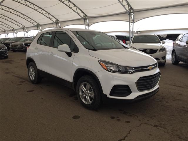 2019 Chevrolet Trax LS (Stk: 173280) in AIRDRIE - Image 1 of 18