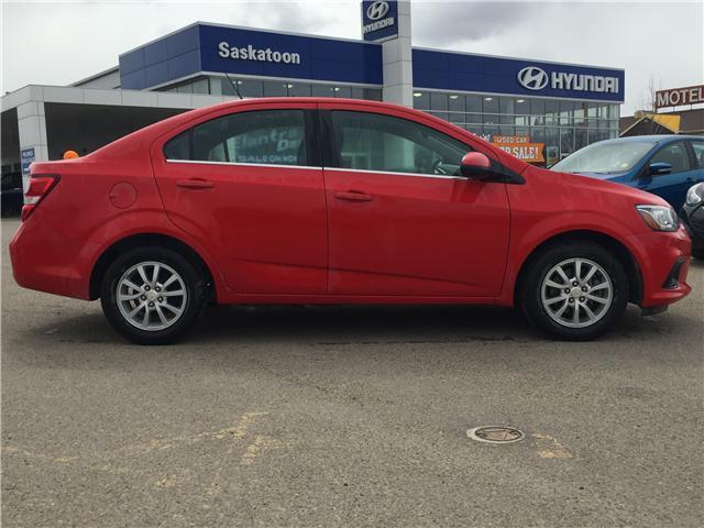 2017 Chevrolet Sonic LT Auto (Stk: B7323) in Saskatoon - Image 2 of 25