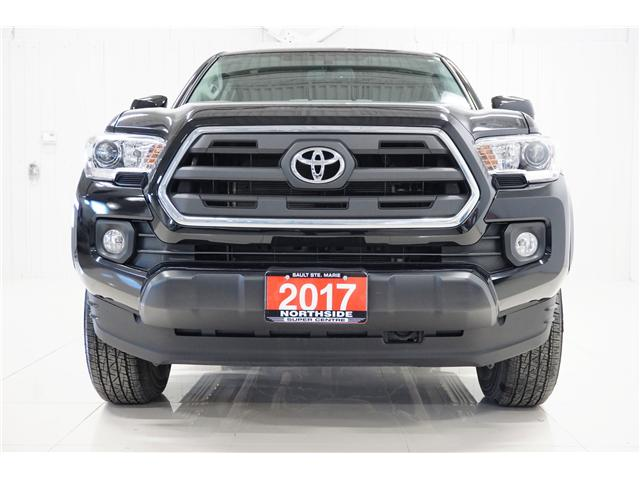 2017 Toyota Tacoma SR5 (Stk: T19120A) in Sault Ste. Marie - Image 2 of 18