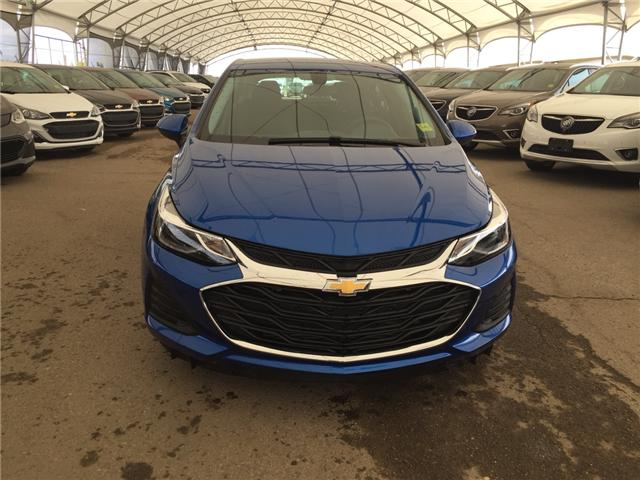 2019 Chevrolet Cruze LT (Stk: 173794) in AIRDRIE - Image 2 of 20