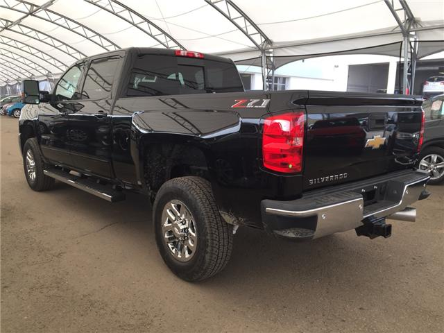2019 Chevrolet Silverado 2500HD LT (Stk: 173056) in AIRDRIE - Image 4 of 21