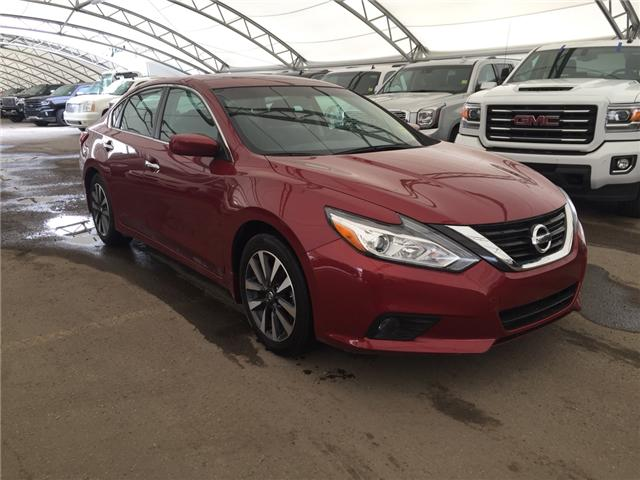 2017 Nissan Altima 2.5 (Stk: 174999) in AIRDRIE - Image 1 of 24