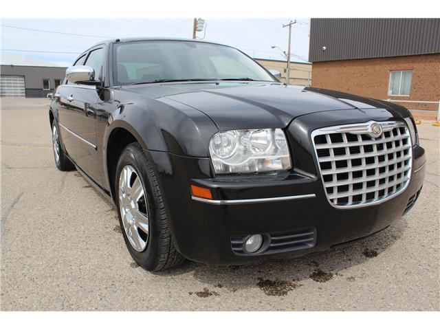 2010 Chrysler 300 Touring (Stk: CC2426) in Regina - Image 1 of 21