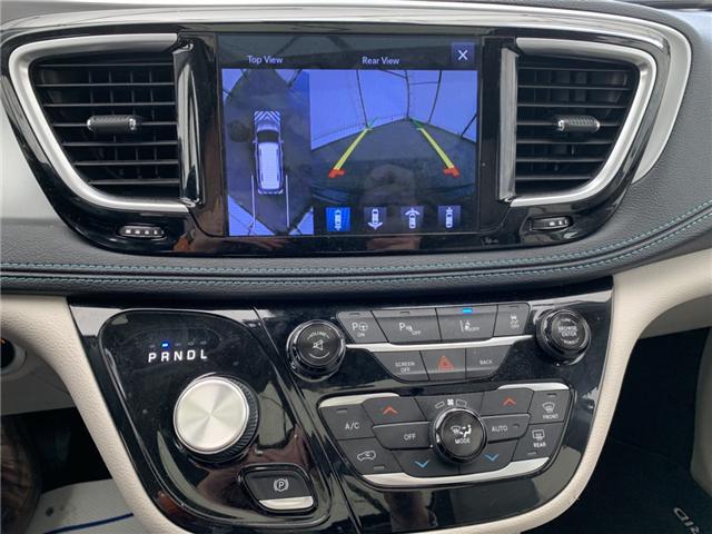 2017 Chrysler Pacifica Hybrid Platinum (Stk: 190207A) in Ottawa - Image 2 of 19