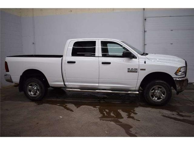 2013 RAM 2500 ST 4X4  CREW CAB - SAT RADIO * CRUISE * HITCH REC (Stk: B3708A) in Kingston - Image 1 of 30