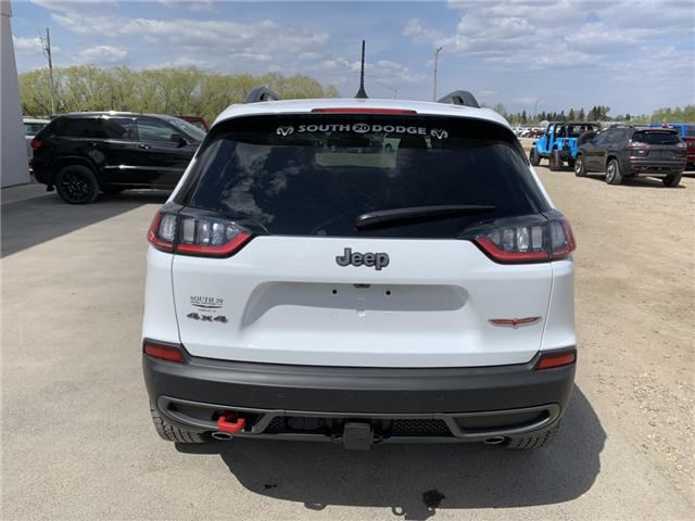 2019 Jeep Cherokee Trailhawk (Stk: 32444) in Humboldt - Image 5 of 31