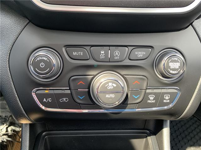 2019 Jeep Cherokee Trailhawk (Stk: 32444) in Humboldt - Image 20 of 31