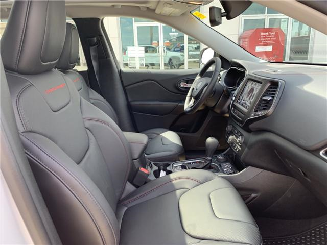2019 Jeep Cherokee Trailhawk (Stk: 32444) in Humboldt - Image 26 of 31