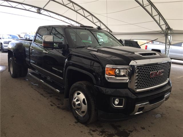 2017 GMC Sierra 3500HD Denali (Stk: 175251) in AIRDRIE - Image 1 of 32