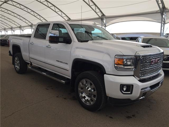2019 GMC Sierra 2500HD Denali (Stk: 170786) in AIRDRIE - Image 1 of 28