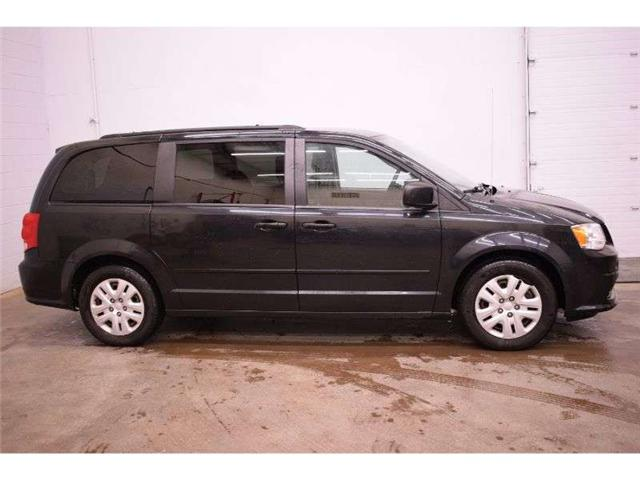 2014 Dodge Grand Caravan SXT - CRUISE * DUAL A/C * FULL STOW N GO (Stk: B4107) in Kingston - Image 1 of 30