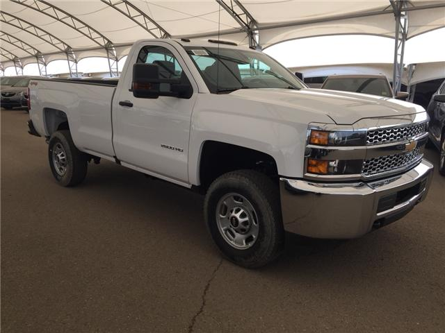 2019 Chevrolet Silverado 2500HD WT (Stk: 174502) in AIRDRIE - Image 1 of 18