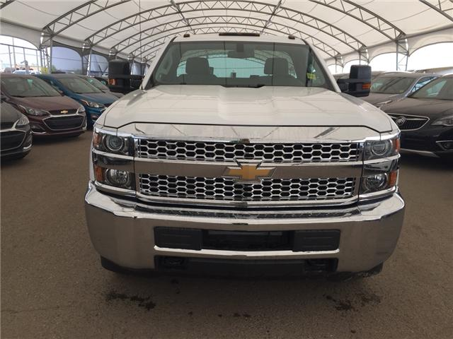 2019 Chevrolet Silverado 2500HD WT (Stk: 174503) in AIRDRIE - Image 2 of 18