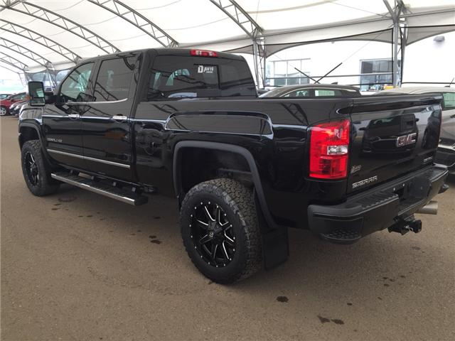2019 GMC Sierra 2500HD Denali (Stk: 169543) in AIRDRIE - Image 4 of 27