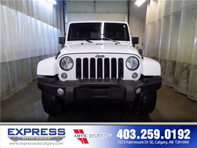 2016 Jeep Wrangler Unlimited Sahara (Stk: P15-1070A) in Calgary - Image 2 of 18