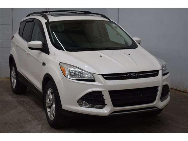 2013 Ford Escape SE 4X4 - HEATED SEATS * TOUCH SCREEN * SUNROOF (Stk: B4183) in Kingston - Image 2 of 30