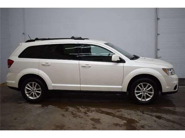 2016 Dodge Journey SXT -  PUSH START * TOUCH SCREEN * DUAL A/C (Stk: B4116A) in Napanee - Image 1 of 30