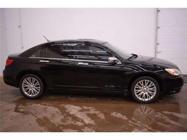2013 Chrysler 200 LIMITED - LEATHER * SUNROOF * PWR DRIVER SEAT (Stk: B4206) in Kingston - Image 1 of 30