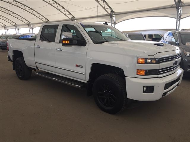 2018 Chevrolet Silverado 3500HD LTZ (Stk: 158327) in AIRDRIE - Image 1 of 30