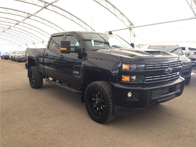 2018 Chevrolet Silverado 2500HD LTZ (Stk: 157759) in AIRDRIE - Image 1 of 26