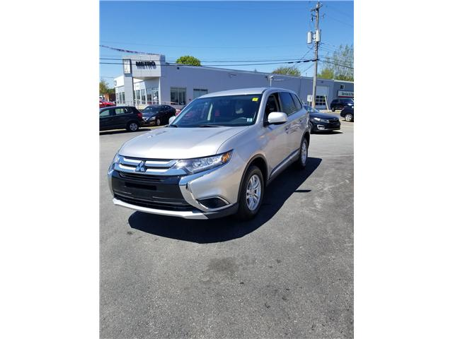2018 Mitsubishi Outlander ES AWC (Stk: p19-088) in Dartmouth - Image 1 of 8