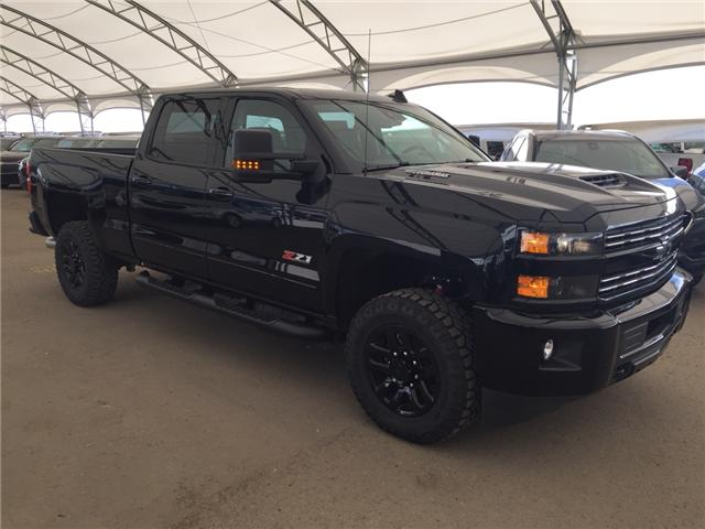 2019 Chevrolet Silverado 2500HD LTZ (Stk: 173055) in AIRDRIE - Image 1 of 31