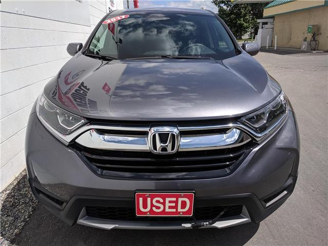 2017 Honda CR-V LX (Stk: B11640) in North Cranbrook - Image 2 of 15