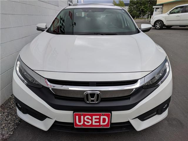 2018 Honda Civic Touring (Stk: B11646) in North Cranbrook - Image 2 of 16