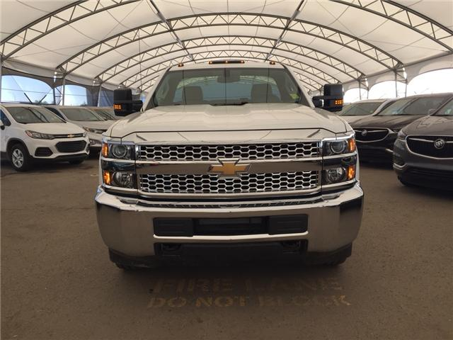 2019 Chevrolet Silverado 2500HD WT (Stk: 174228) in AIRDRIE - Image 2 of 15