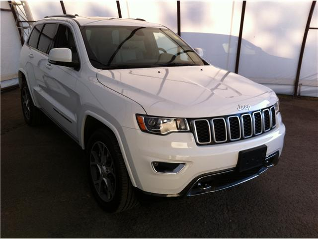 2018 Jeep Grand Cherokee 2BD Sterling Edition (DISC) (Stk: A8422A) in Ottawa - Image 1 of 30
