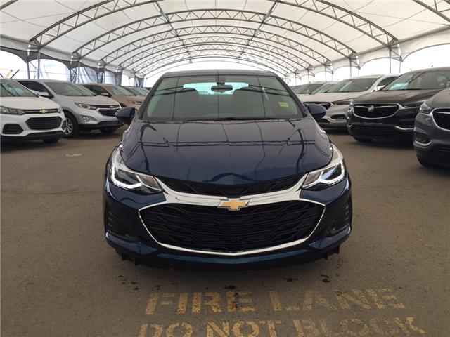2019 Chevrolet Cruze LT (Stk: 169530) in AIRDRIE - Image 2 of 28