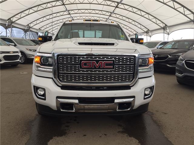 2019 GMC Sierra 2500HD Denali (Stk: 171909) in AIRDRIE - Image 2 of 30