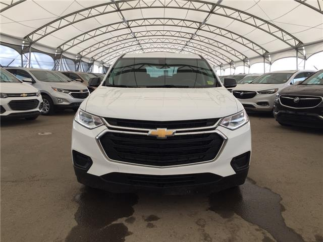 2018 Chevrolet Traverse LS (Stk: 156555) in AIRDRIE - Image 2 of 19