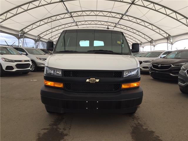 2018 Chevrolet Express 2500 Work Van (Stk: 172936) in AIRDRIE - Image 2 of 17