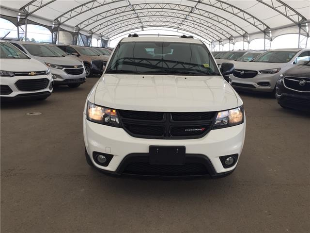 2015 Dodge Journey SXT (Stk: 176405) in AIRDRIE - Image 2 of 24