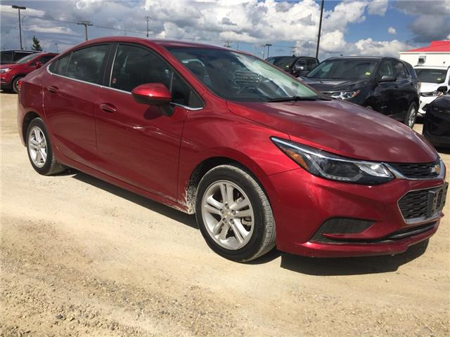 2017 Chevrolet Cruze LT Auto (Stk: 175683) in AIRDRIE - Image 1 of 4