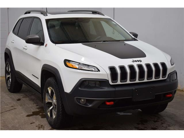 2016 Jeep Cherokee TRAILHAWK 4X4 - LTHR * HTD SEATS * MOON ROOF (Stk: B4289) in Napanee - Image 2 of 30