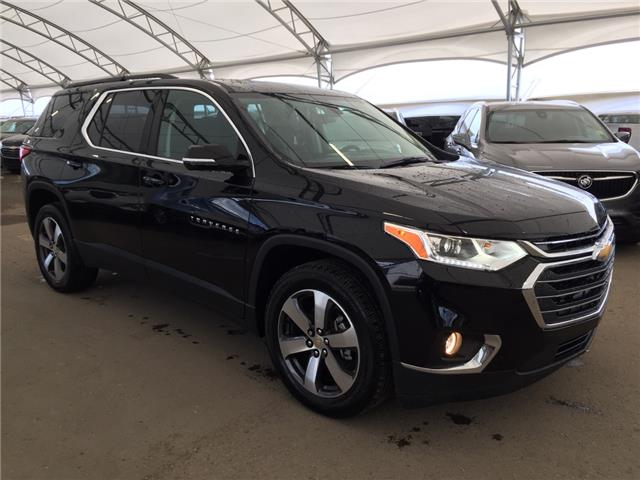 2019 Chevrolet Traverse 3LT (Stk: 176383) in AIRDRIE - Image 1 of 34