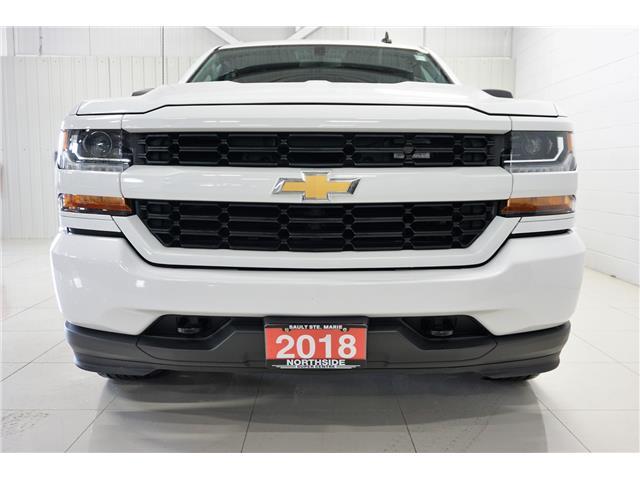 2018 Chevrolet Silverado 1500 Silverado Custom (Stk: T19260A) in Sault Ste. Marie - Image 2 of 18