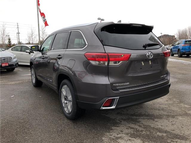 2019 Toyota Highlander Limited (Stk: 30742) in Aurora - Image 2 of 16