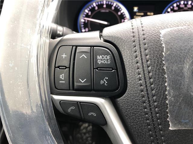 2019 Toyota Highlander Limited (Stk: 30742) in Aurora - Image 10 of 16
