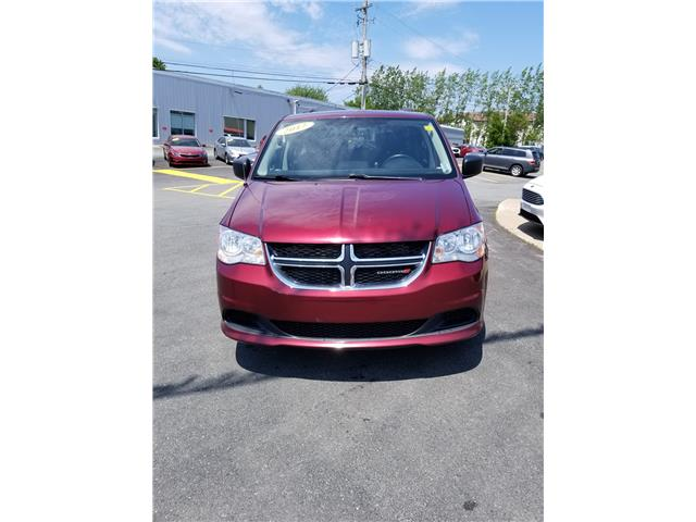 2017 Dodge Grand Caravan SXT (Stk: p19-045) in Dartmouth - Image 2 of 12