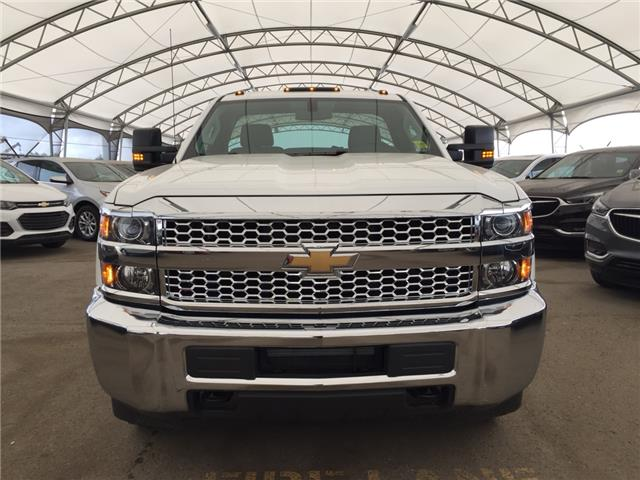 2019 Chevrolet Silverado 2500HD WT (Stk: 174226) in AIRDRIE - Image 2 of 18