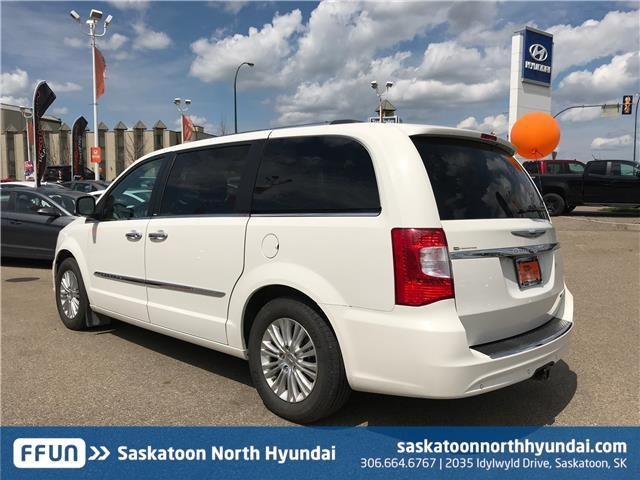 2013 Chrysler Town & Country Limited (Stk: 38115A) in Saskatoon - Image 7 of 21