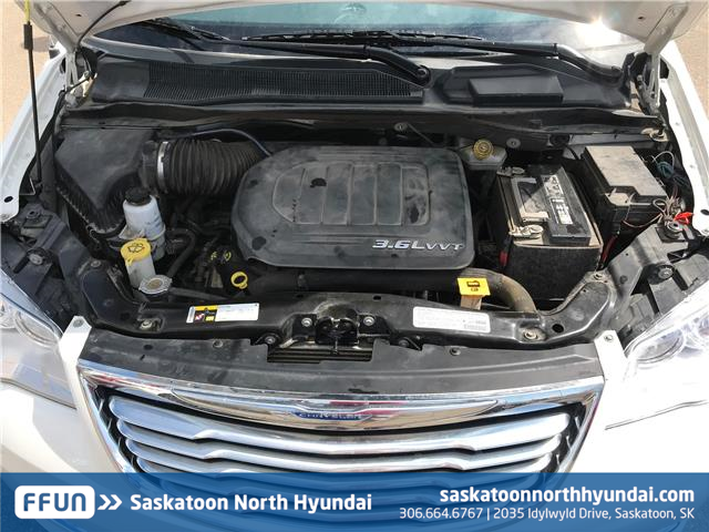2013 Chrysler Town & Country Limited (Stk: 38115A) in Saskatoon - Image 11 of 21